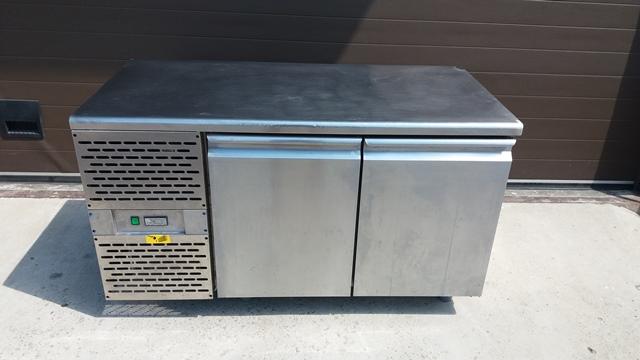 Холодильный стол Crispi ШС-0,2 бу